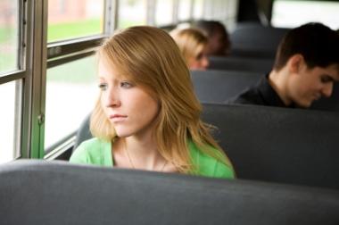 Mange unge med psykiske plager trekker seg unna istedenfor å søke hjelp. Foto: iStockphoto