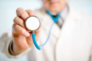 Boken er særlig rettet mot legestudenter som en del av opplæringen i pasientkommunikasjon, men også annet helsepersonell. Ill.foto: Cimmerian, iStockphoto