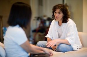 ACT-team er tverrfaglige team som arbeider aktivt oppsøkende utenfor sykehus. Ill. foto: slobo, iStockphoto