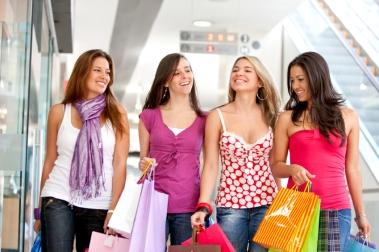 Shopping kan være avhengighetsskapende. Ill.foto: andresrimaging, istockphoto.