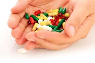 Hender fulle av piller