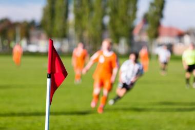 uklart bilde av fotballspillere