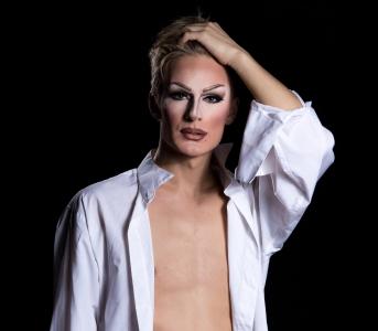 drag artist