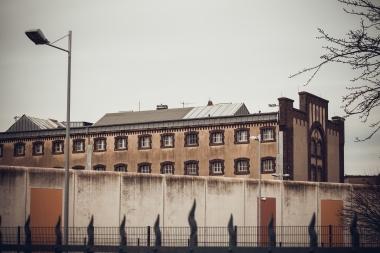 Et fengsel sett utenfra